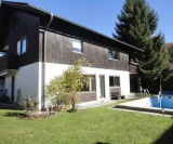 Referenz-12-5-Seen-Immobilien-Garten-Mit-Pool